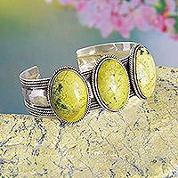 Agate cuff bracelet, 'Agate Twist' - Handmade Sterling Silver and Agate Cuff Bracelet