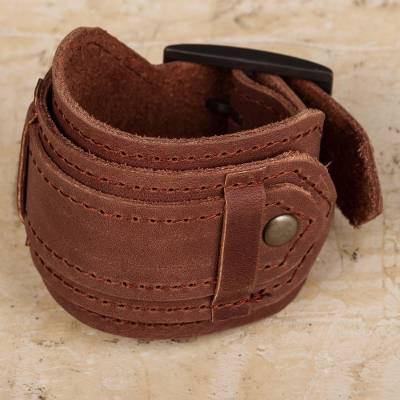 Leather wristband bracelet, 'Rugged Russet' - Brown Leather Artisan Crafted Unisex Wristband Bracelet