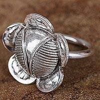 Silver cocktail ring, 'Floral Majesty' - Hand Crafted 950 Silver Cocktail Ring with Floral Motif