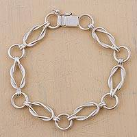 Silver link bracelet, 'Links Intertwined' - Artisan Crafted 925 Silver Link Bracelet from Peru