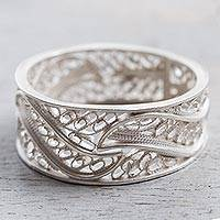Silver filigree band ring, 'Three Waves'