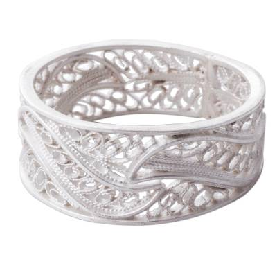 Silver filigree band ring, 'Three Waves' - Artisan Crafted 950 Silver Filigree Band Ring from Peru