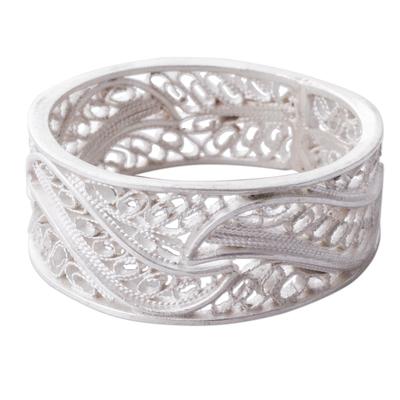 Silver filigree band ring, 'Three Waves' - Artisan Crafted 950 Silver Filigree Band Ring from Peru