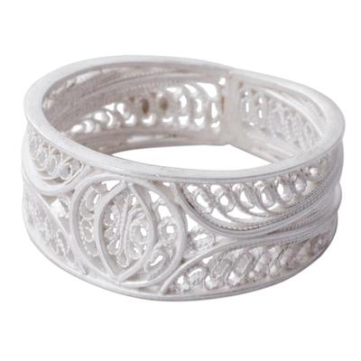 Silver filigree band ring, 'Shining Crescents' - Artisan Crafted Wide 950 Silver Filigree Band Ring from Peru