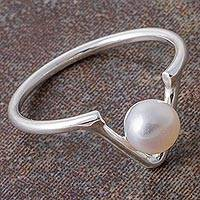 Cultured pearl cocktail ring, 'Glowing V' - Cultured Pearl and Silver V-Shaped Cocktail Ring from Peru