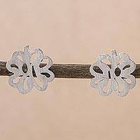 Sterling silver stud earrings, 'Paradise Clovers' - Sterling Silver Clover Stud Earrings from Peru