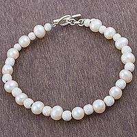 Cultured pearl beaded bracelet, 'Field of Pearls'