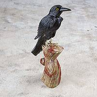 Onyx and aragonite sculpture, 'Night Dweller' - Handcrafted Onyx and Aragonite Crow Sculpture from Peru