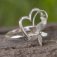Sterling silver cocktail ring, 'Flowering Rapture' - Sterling Silver Floral Heart Cocktail Ring Crafted in Peru