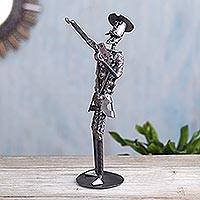 Recycled metal sculpture, 'Don Quixote Reciting Verses' - Handmade Steel Sculpture Don Quixote Reciting made in Peru
