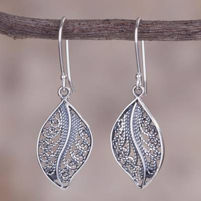 f9d73d058 Sterling Silver Filigree Leaf Dangle Earrings From Peru Spiraling