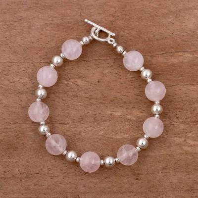 Rose quartz beaded bracelet