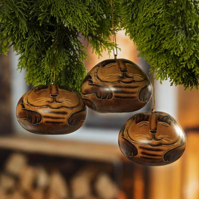 Dried mate gourd ornaments, 'Feline Dream' (set of 3) - Handmade Dried Mate Gourd Hanging Cat Ornaments (set of 3)