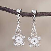 Sterling silver filigree dangle earrings, 'Queen of the White Flowers' - Floral Sterling Silver Filigree Earrings in White from Peru