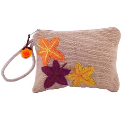 Leaf-Themed Handwoven Wool Wristlet from Peru