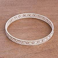 Sterling silver filigree bangle bracelet, 'Filigree Lace' - Handcrafted Sterling Silver Filigree Scrolls Bangle Bracelet