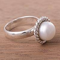 Cultured pearl single stone ring, 'Niord' - Gleaming Sterling Silver and Cultured Pearl Ring from Peru