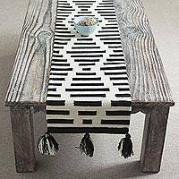 Wool table runner, 'Diamond Illusion'