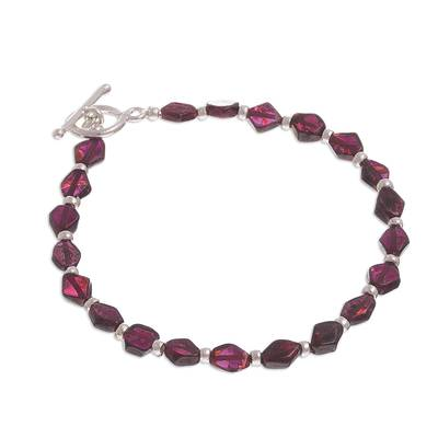 Garnet beaded bracelet, 'Gemstone Rhombi' - Natural Garnet Beaded Bracelet from Peru