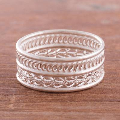 Sterling silver filigree band ring, 'Legendary Curves' - Curve Pattern Sterling Silver Filigree Band Ring from Peru