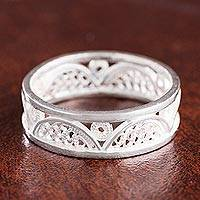 Sterling silver filigree band ring, 'Glistening Arcs' - Arc Pattern Sterling Silver Filigree Band Ring from Peru