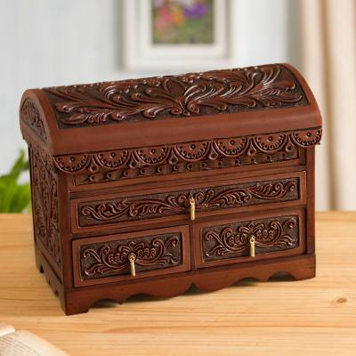 Leather and cedar wood jewelry chest, 'Paradise in the Forest' - Forest Pattern Leather and Cedar Wood Jewelry Chest