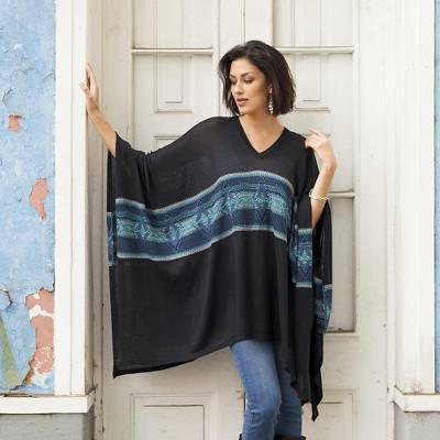 Cotton blend poncho, 'Seasonal Escape' - Artisan Crafted Cotton Blend Poncho in Black and Blue