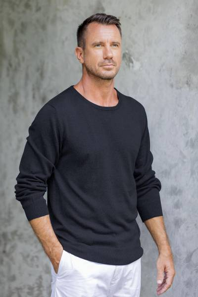 Men's cotton blend pullover, 'Classic Warmth in Black' - Men's Crew Neck Cotton Blend Pullover in Black from Peru