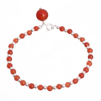 Carnelian beaded bracelet, 'Magical Gleam' - Carnelian Beaded Bracelet Crafted in Peru