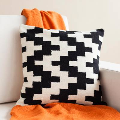 Wool cushion cover, 'Geometric Zigzag' - Zigzag Pattern Wool Cushion Cover from Peru