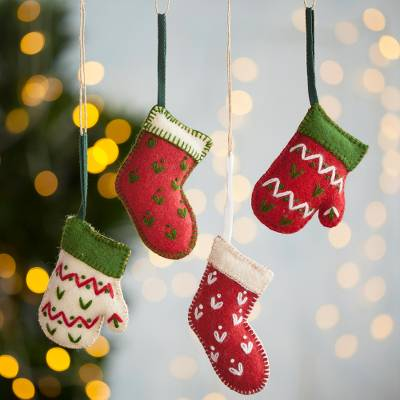 Wool ornaments, 'Stockings and Mittens' (set of 4) - Wool Stocking and Mitten Ornaments from Peru (Set of 4)