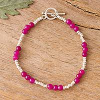 Quartz beaded bracelet, 'Fuchsia Delight' - Fuchsia Quartz Beaded Bracelet from Peru