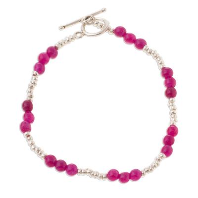 Quartz beaded bracelet, 'Fuchsia Delight' - Fuchsia Quartz Beaded Bracelet from Peru