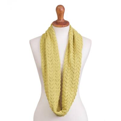 Patterned 100% Alpaca Infinity Scarf in Solid Maize