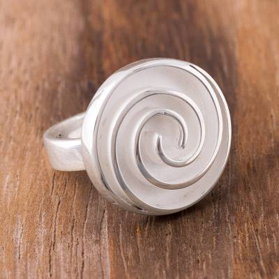 Sterling silver cocktail ring, 'Whirlwind Labyrinth' - Spiral Pattern Sterling Silver Cocktail Ring from Peru