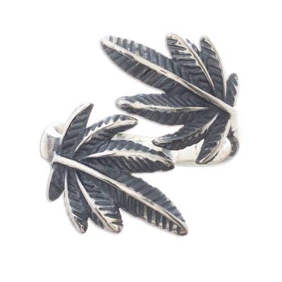Sterling silver wrap ring, 'Leaves of Nature' - Andean Leaf Nature Theme Sterling Silver Wrap Ring