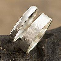 Silver band ring, 'Callao Contrasts' - 950 Silver Band Ring with Mixed Finishes