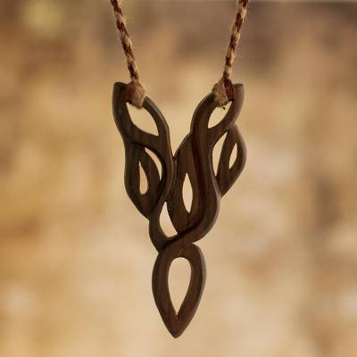 Wood pendant necklace, Natural Beauty