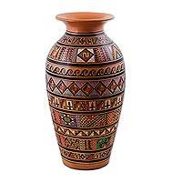 Cuzco vase, 'Pisac' - Hand Painted Cuzco Ceramic Vase