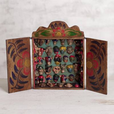 Wood retablo, Mask Collection