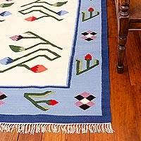 Wool rug, 'Floral Bud' (6x8) - Peruvian Wool and Cotton Rug (6x8)