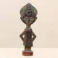 Wood sculpture, 'Sweetheart' - African Wood Sculpture