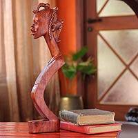 Wood statuette, 'Beautiful Lady' - Cultural Wood Sculpture