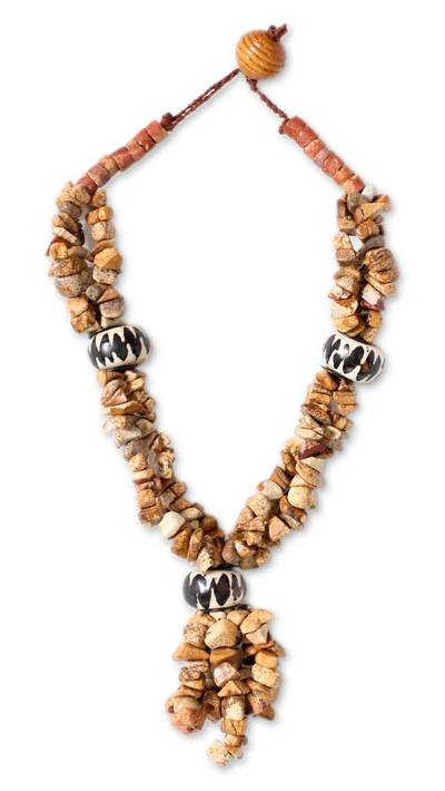 Agate and bauxite beaded necklace