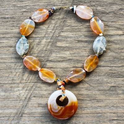 Agate beaded necklace, 'Motivation' - Agate beaded necklace