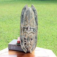 African wood mask, 'Deworuo' - African wood mask