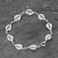 Sterling silver link bracelet, 'Abundant Cowrie'
