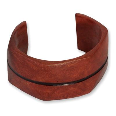 Leather cuff bracelet, 'Wend Konta in Cinnamon' - Leather cuff bracelet