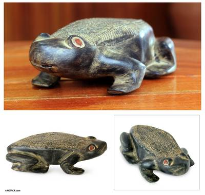 Wood sculpture, African Frog