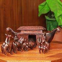Teak sculptures, 'Noah's Ark' (15 pieces) - 15 Piece Hand Carved Teakwood Noah's Ark Set